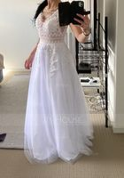 V-neck Floor-Length Tulle Prom Dresses With Lace (272237205)