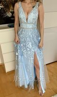 A-Line V-neck Floor-Length Tulle Prom Dresses With Lace Beading Sequins (018220224)