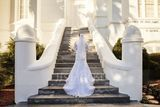 Trumpet/Mermaid V-neck Court Train Tulle Lace Wedding Dress (002118440)
