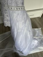 Ball-Gown/Princess Scoop Neck Chapel Train Tulle Wedding Dress With Beading (002134999)