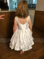 Ball Gown Knee-length Flower Girl Dress - Taffeta Sleeveless Scoop Neck (010092612)