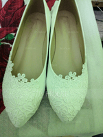 Women's Leatherette Flat Heel Closed Toe Flats With Applique (047144240)