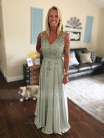 A-Line/Princess V-neck Floor-Length Chiffon Lace Mother of the Bride Dress With Beading Sequins (008107644)
