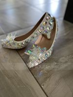 Women's Leatherette Stiletto Heel Closed Toe Pumps With Rhinestone Flower (273198052)