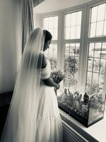 Two-tier Cut Edge Cathedral Bridal Veils (006036027)