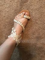 Women's Leatherette Flat Heel Flats Peep Toe Sandals With Stitching Lace (047208109)