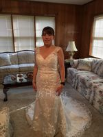 Trumpet/Mermaid V-neck Court Train Tulle Wedding Dress (002171934)