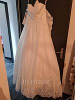 A-Line Sweetheart Court Train Wedding Dress With Lace (002254051)