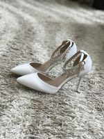 Women's Leatherette Stiletto Heel Closed Toe Pumps With Imitation Pearl Rhinestone (047113659)
