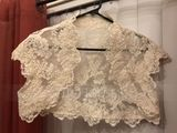 Short Sleeve Lace Wedding Wrap (013022603)