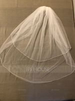 Two-tier Scalloped Edge Waltz Bridal Veils (006114028)
