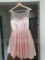 A-Line/Princess Scoop Neck Short/Mini Satin Homecoming Dress With Beading Sequins (022164885)
