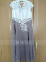 A-Line/Princess V-neck Tea-Length Chiffon Lace Mother of the Bride Dress (267177760)