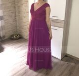 A-Line V-neck Floor-Length Chiffon Lace Prom Dresses (018229929)
