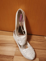 Women's Lace Silk Like Satin Flat Heel Closed Toe Flats With Sequin Stitching Lace Pearl (047182285)