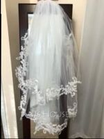 Two-tier Lace Applique Edge Elbow Bridal Veils With Lace (006150925)