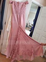 Trumpet/Mermaid Off-the-Shoulder Court Train Chiffon Lace Junior Bridesmaid Dress (009233997)