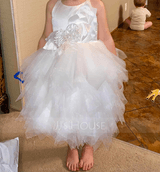 Ball-Gown/Princess Knee-length Flower Girl Dress - Sleeveless Scalloped Neck With Feather/Flower(s) (010236801)