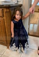 A-Line Knee-length Flower Girl Dress - Satin/Lace Sleeveless Scoop Neck (010192419)