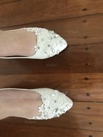 Women's Leatherette Flat Heel Closed Toe Flats With Imitation Pearl Rhinestone Stitching Lace (047149253)