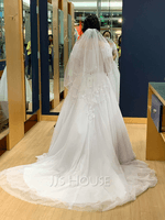 Two-tier Fingertip Bridal Veils With Beaded Edge (006039833)