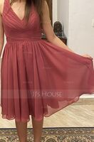 A-Line V-neck Knee-Length Chiffon Bridesmaid Dress With Ruffle (007126450)