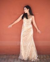 Trumpet/Mermaid V-neck Sweep Train Sequined Evening Dress (017154028)