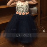 A-Line Scoop Neck Knee-Length Junior Bridesmaid Dress With Lace (009126286)
