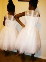 Ball-Gown/Princess Knee-length Flower Girl Dress - Tulle Sleeveless Scoop Neck With Beading/Appliques (010094588)