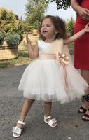 A-Line/Princess Knee-length Flower Girl Dress - Satin/Tulle/Lace Sleeveless Scoop Neck With Bow(s) (010091885)