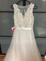 A-Line Scoop Neck Floor-Length Tulle Wedding Dress With Beading Sequins (002107828)