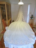 One-tier Cathedral Bridal Veils With Lace Applique Edge (006020359)