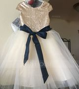 A-Line Scoop Neck Knee-Length Tulle Junior Bridesmaid Dress With Sash (009126268)