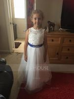 Ball-Gown/Princess Scoop Neck Floor-Length Tulle Junior Bridesmaid Dress With Sash Beading Bow(s) (009126275)