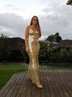 Trumpet/Mermaid V-neck Sweep Train Sequined Prom Dresses With Sequins (018105680)