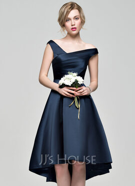 A-Linie Off-the-Schulter Asymmetrisch Satin Abiballkleid