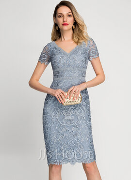 Sheath/Column V-neck Knee-Length Lace Cocktail Dress (016212839)