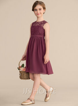 A-Line Scoop Neck Knee-Length Chiffon Lace Junior Bridesmaid Dress (009165020)