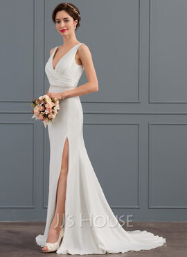 Trumpet/Mermaid V-neck Court Train Stretch Crepe Wedding Dress With Ruffle Split Front (002127275)