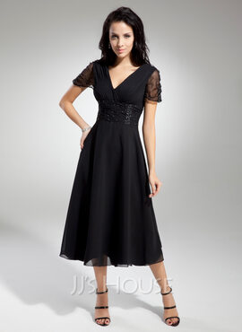 A-Line V-neck Tea-Length Chiffon Mother of the Bride Dress With Ruffle Beading