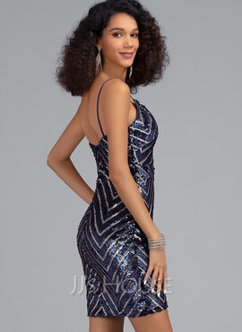 Sheath/Column V-neck Short/Mini Sequined Homecoming Dress (022203132)