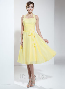 A-Line/Princess Halter Knee-Length Chiffon Homecoming Dress With Ruffle Bow(s) (022003360)