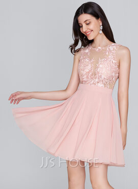 A-Line Scoop Neck Short/Mini Chiffon Homecoming Dress (022124837)