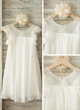 A-Line/Princess Scoop Neck Knee-Length Chiffon Junior Bridesmaid Dress With Lace (009126274)