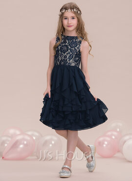 A-Line/Princess Scoop Neck Knee-Length Chiffon Junior Bridesmaid Dress With Cascading Ruffles (009119604)