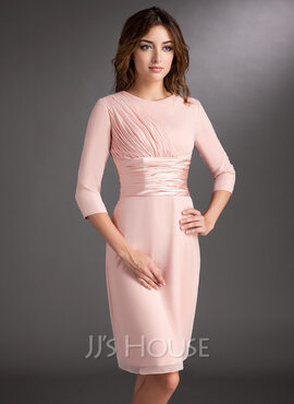 Sheath/Column Scoop Neck Knee-Length Chiffon Mother of the Bride Dress With Ruffle (008006836)