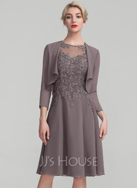 A-Line Scoop Neck Knee-Length Chiffon Lace Mother of the Bride Dress (008107657)