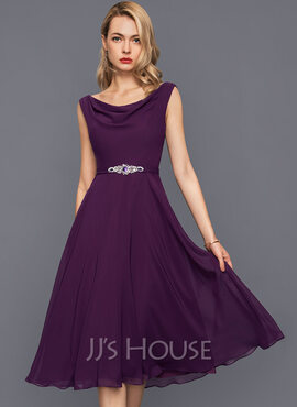 A-Line Cowl Neck Knee-Length Chiffon Cocktail Dress With Beading Sequins (016140373)