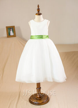 Ball Gown Knee-length Flower Girl Dress - Tulle Sleeveless Scoop Neck With Sash (010094132)
