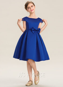 A-Line Scoop Neck Knee-Length Satin Junior Bridesmaid Dress With Lace Bow(s) (009173281)